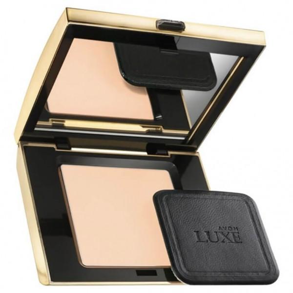AVON Luxe Silken Pressed Powder Fair Silk 10gr